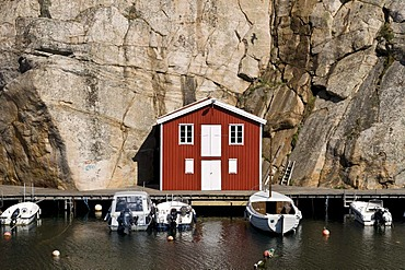 Timber house in Smoegen on the west coast of Sweden, Scandinavia, Europe