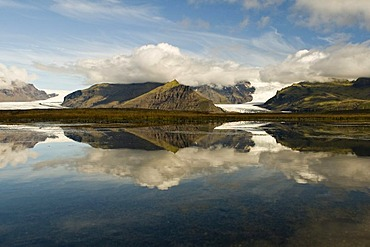 Lake and glacier in the Skaftafell National Park, Iceland, Europe