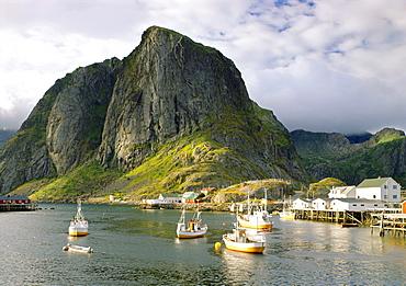 Harbor, Hamnoy, Lofoten, Norway, Scandinavia, Europe