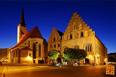 Frauenkirche, Our Lady's church, and town hall, Marienplatz, Wasserburg upon the river Inn, Upper Bavaria, Germany, Europe