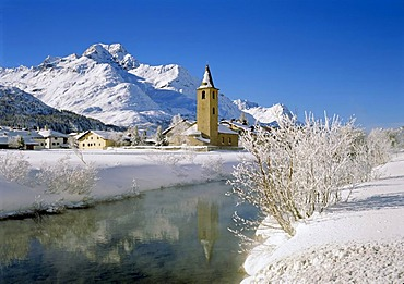 Hoarfrost near Sils in front of Mt. Piz de la Margna, Engadin valley, Canton of Grisons, Switzerland, Europe