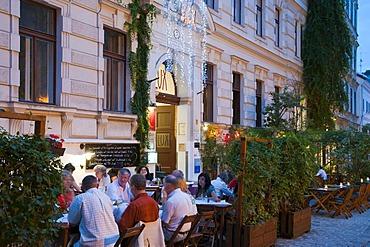 Restaurant in the Spittelberg district at dusk, Vienna, Austria, Europe