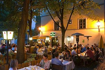 Restaurant in the Spittelberg region at dusk, Vienna, Austria, Europe