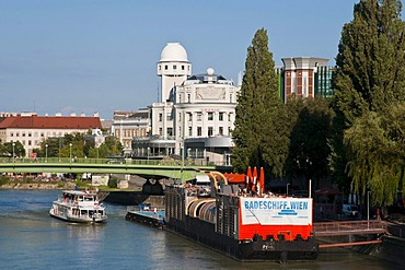 Urania, a public educational institute and observatory, ships and Badeschiff, bathing ship, Danube Canal, Urania, Vienna, Austria, Europe