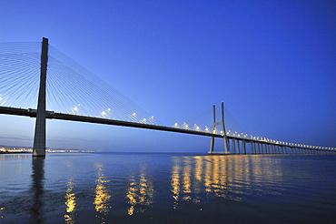 Vasco da Gama bridge over the Rio Tejo river in the Parque das Nacıes park, site of the Expo 98, Lisbon, Portugal, Europe