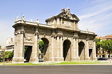 Puerta del Alcala, Alcala Gate, Madrid, Spain, Iberian Peninsula, Europe