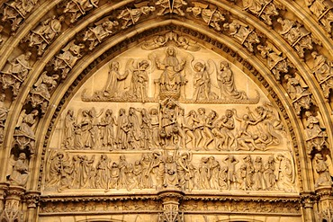Detail of the main entrance of the Onze-Lieve-Vrouwekathedraal, Church of Our Lady, Antwerp, Belgium, Europe