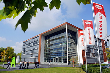 Headquarters of Henkel AG & Co. KGaA in Dusseldorf Holthausen, North Rhine-Westphalia, Germany, Europe