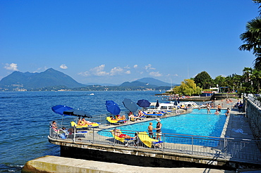 Swimming pool of the hotel La Palma, Stresa, Lago Maggiore, Piedmont, Italy, Europe