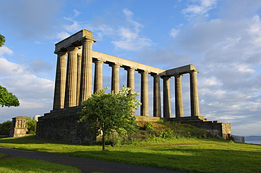 National Monument, replica of the Parthenon that was designed in 1822 as a memorial to the Scots who died in the Napoleonic Wars, Calton Hill, Edinburgh, Lothian Region, Scotland, United Kingdom, Europe