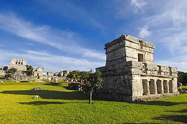 Temple of frescoes, Mayan ruins of Tulum, 1200-1524, Tulum, Quintana Roo state, Mayan Riviera, Yucatan Peninsula, Mexico