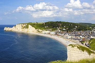 Porte d'Amont cliff, etretat, Cote d'Albatre, Haute-Normandie, Normandy, France, Europe