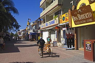 """5â""""¢ Avenue, Playa del Carmen, Caribe, Quintana Roo state, Mayan Riviera, Yucatan Peninsula, Mexico"""