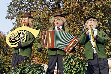 Three Musicians, stuffed dolls in traditional Salzburg costume, Bauernherbst Harvest Festival, Michaelbeuren, Flachgau, Salzburg, Salzburg, Austria, Europe