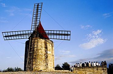 Daudet's Mill, Fontvieille near Arles, Provence-Alpes-Cote d'Azur, Var, Southern France, France, Europe
