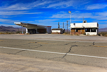Abandoned homes and gas station on the historic Route 66, Ludlow, California, USA, North America