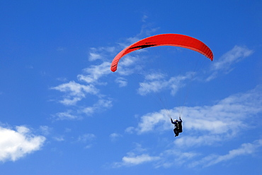 Air sports, paraglider, paragliding