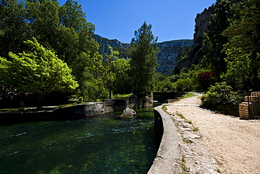 Fontaine-de-Vaucluse, department of Vaucluse, Provence, France, Europe