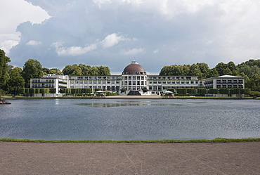 Park Hotel and the Holler See lake, Bremen, Germany, Europe