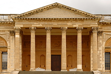 Main building, detail, from the park side of Stowe School, private school since 1923, architecture from 1770, Classicism, Stowe, Buckingham, Buckinghamshire, England, United Kingdom, Europe