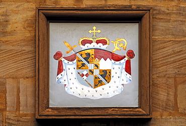 Crest of the Hof Apotheke pharmacy, 1455, Karolinenstrasse Street 20, Bamberg, Upper Franconia, Bavaria, Germany, Europe