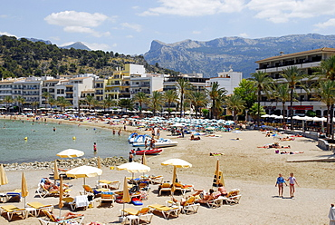 Bay with beach, Playa Puerto Soller, Port de Soller, Mallorca, Majorca, Balearic Islands, Mediterranean Sea, Spain, Europe