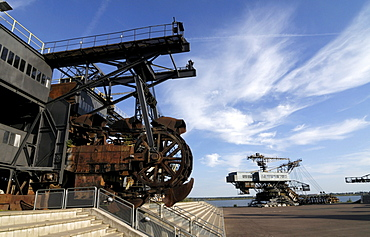 Gemini stacker and Mad Max bucket dredger, Ferropolis, City of Iron, Saxony-Anhalt, Germany, Europe