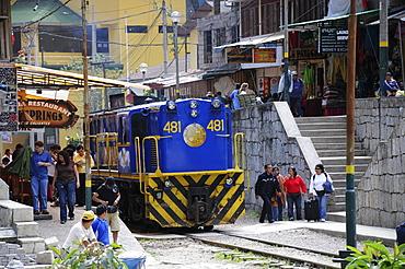PeruRail train, Aguas Calientes, at the foot of Machu Picchu, Peru, South America, Latin America