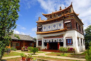 Tibetan Buddhism, Xiawaer temple, Heiwa Dao, on an island in the Lugu Hu Lake, Yunnan Province, People's Republic of China, Asia