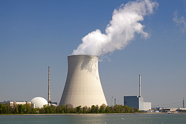 Isar 2 nuclear power plant, Lower Bavaria, Bavaria, Germany, Europe