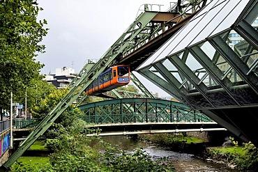 Wuppertal Schwebebahn, suspended monorail, Wuppertal, North Rhine-Westphalia, Germany