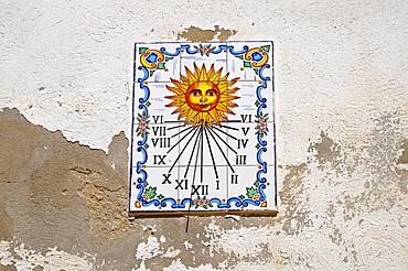 Sundial, Spanish tiles, azulejos, house wall, Tabarca, Isla de Tabarca, Alicante, Costa Blanca, Spain, Europe
