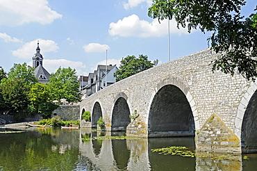 Alte Lahnbruecke bridge over the river Lahn, Hospitalkirche church, historic centre, Wetzlar, Hesse, Germany, Europe