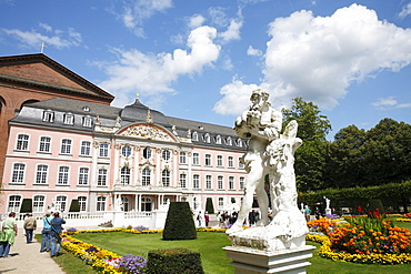 View over the palace garden of the Kurfuerstliche Palais, Electoral Palace in Trier, Rhineland-Palatinate, Germany, Europe