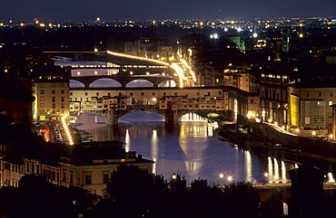 Ponte Vecchio, old bridge and Arno River, Florence, Tuscany, Italy, Europe