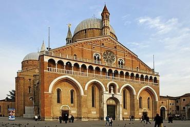Western front with main gate, Basilica of Saint Anthony, Padua, Veneto, Italy, Europe