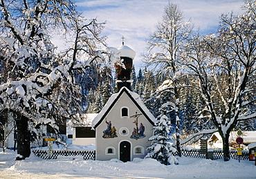 Village chapel Klais near Mittenwald, Upper Bavaria, Germany, Europe