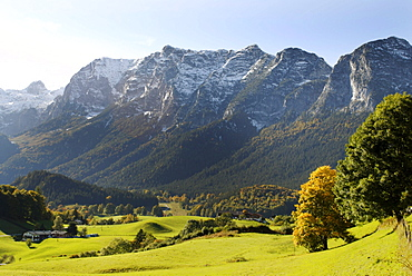 At the Deutsche Alpenstrasse road, near Ramsau, with the Reiter Alpe, Berchtesgadener Land, Upper Bavaria, Germany, Europe