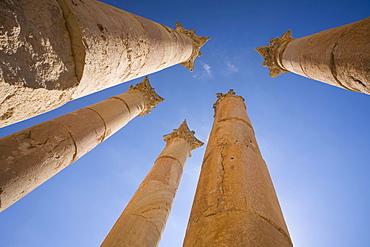 Corinthian columns, Temple of Artemis, Jerash, Jordan, Southwest Asia