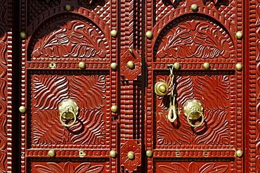 Historic carved wooden door in Sur, Sharqiya Region, Sultanate of Oman, Arabia, Middle East