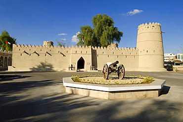 Sultan bin Zayed or Al Sharqi Fort at Al Ain Oasis, Emirate of Abu Dhabi, United Arab Emirates, Arabia, Middle East, Middle East