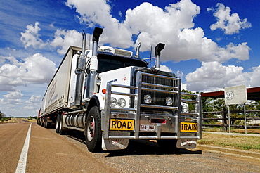 Huge roadtrain truck at Ilfracombe, Queensland Outback, Australia