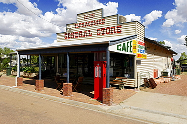 General store and gas station at Ilfracombe, Queensland Outback, Australia