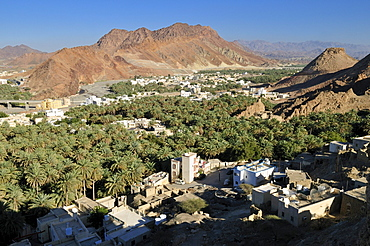 View over Franja oasis and Wadi Samail, Batinah Region, Sultanate of Oman, Arabia, Middle East