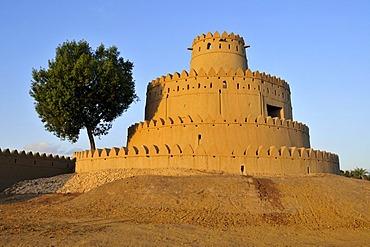 Tower of the Al Jahili Fort, Al Ain, Abu Dhabi, United Arab Emirates, Arabia, the Orient, Middle East