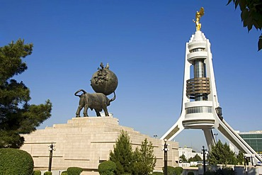 Arch of neutrality and monument to the Earthquake, Ashgabat, Turkmenistan