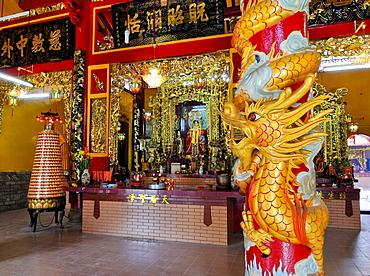 Wood carved dragon at Quan Am Pagoda, Ho Chi Minh City, Saigon, Vietnam, Southeast Asia