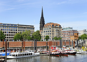 Seaport and panoramic view of the city, Hamburg, Germany, Europe