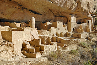 Historic home and place of worship of the Ancestral Puebloans, Cliff Palace, partial view, around 1200 AD, Mesa Verde National Park, Colorado, USA