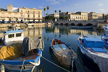 Ortigia island and Ponte Nuovo bridge, Syracuse, Sicily, Italy
